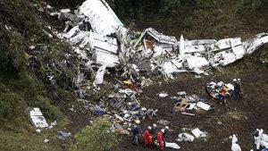 Düşen uçak acil durum bildirimi yapmamış!