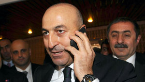 Mevlüt Çavuşoğlu mevkidaşı Sven Mikser ile görüştü
