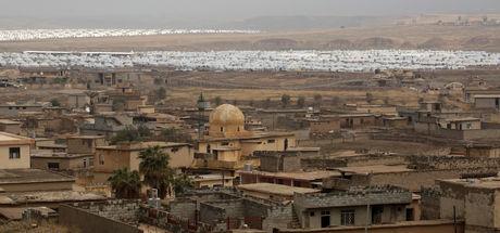 Musul'daki aileler cenazeleri geride bırakıp kaçıyor