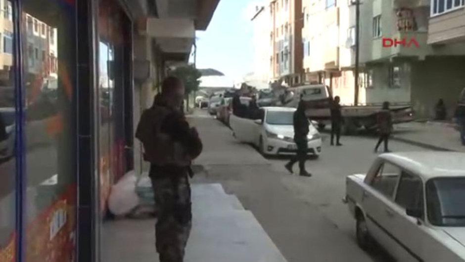 Gazi Mahallesi'nde çatışma!
