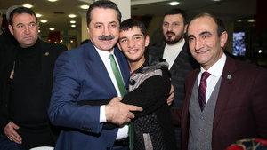 Bakan Çelik: Birileri teröristlere gösterdiği ilgiyi mülteci çocuklarına göstermiyor
