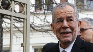 Yeşiller Partisi'nin adayı Alexander Van Der Bellen seçildi