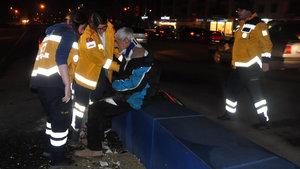Düzce'de dereye düşen kişiyi itfaiye ve polis ekipleri kurtardı