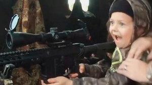 7 yaşındaki çocuğun bu görüntüsüne tepki yağıyor!