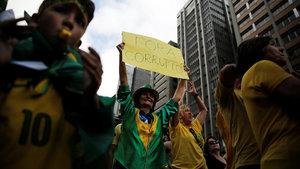 Brezilya halkı yolsuzluklara karşı sokakta
