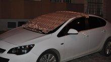 Battaniyesini alan arabasına koştu!