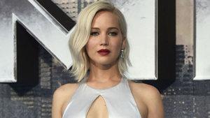 Jennifer Lawrence az kalsın set görevlisini öldürüyordu