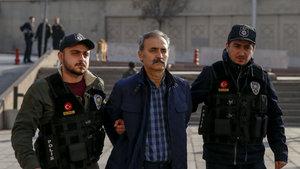"""Gözaltına alınan """"Kozmik Oda"""" savcısı Mustafa Bilgili Adliye'de"""