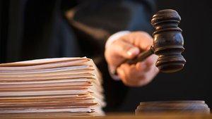 Tezinde karakolun nöbet listesine yer veren üniversiteliye beraat