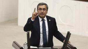 CHP milletvekili Necati Yılmaz'ın otomobiline hırsız girdi