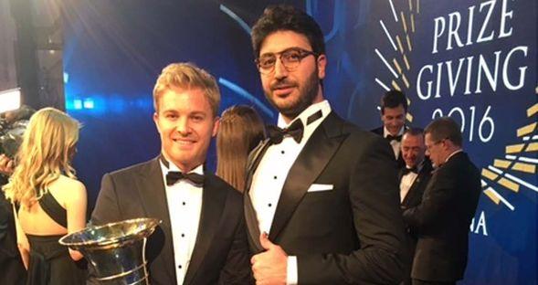 Rosberg'i tebrik etti