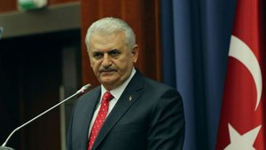 Başbakan Yıldırım: Tatar şirketlerini Türkiye'ye bekliyoruz