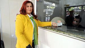 CHP'li Özlem Çerçioğlu dolar bozdurdu