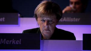Almanya Başbakanı Merkel, çifte vatandaşlığın kaldırılmasına karşı