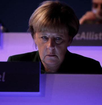 Merkel: Bu kararı yanlış buluyorum