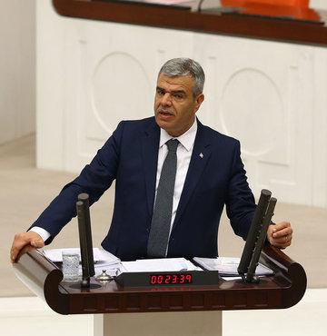 """Başbakan Yardımcısı Kaynak: """"FETÖ ile irtibatlı 123 vakıf kapatıldı, bunlara ait 2 bin 110 parsel taşınmaz Vakıflar Genel Müdürlüğüne intikal etti."""" dedi."""