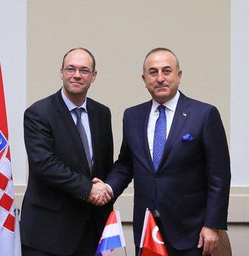 Hırvatistan, Avrupa Parlamentosunun Türkiye ile müzakerelerin dondurulması kararına tepki gösterdi
