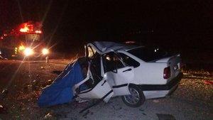 Çorum'da iki otomobil çarpıştı: 3 ölü