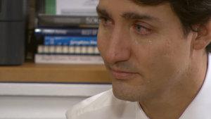 Kanada Başbakanı Trudeau gözyaşlarına hakim olamadı