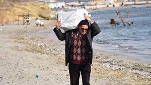 Tekirdağ Çorlu'da denize atılan dini kitaplar sahile vurdu