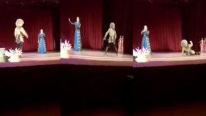 Sahnede öldü, seyirciler şov sandı!
