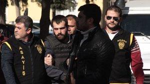 Adana'da bir adam eşini döverek öldürdü