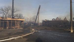 Doğal gaz taşıyan tren raydan çıktı, 20 binaya çarptı!