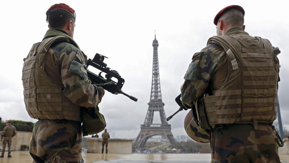 Fransa'da olağanüstü hal uzatılıyor!