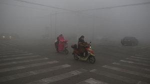 Çin'de hava kirliliği nedeniyle yine sarı alarm!