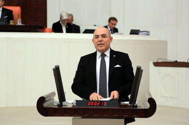 """""""Türkiye zalime boyun eğmeyecektir"""""""