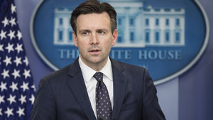 Josh Earnest: Ruhani'nin talimatı anlaşmaya aykırı değil