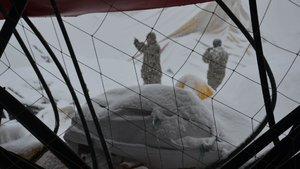 Muş'ta halı saha çöktü: 1 ölü