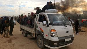 Halep'te otobüslerin kalktığı noktada patlama! Tahliyeler askıya alındı
