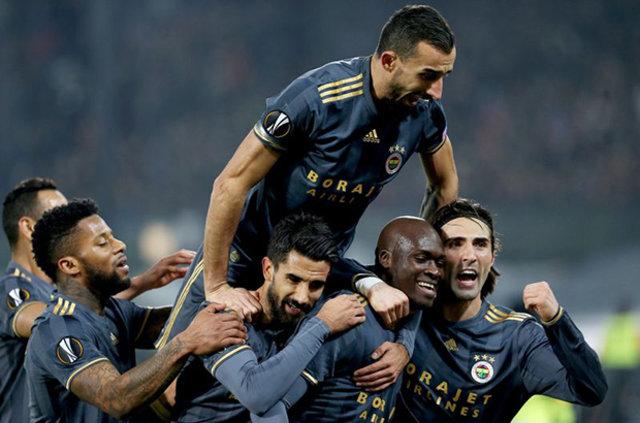 Devre arasında zirve yarışı için kadrosunu güçlendirmek isteyen Fenerbahçe'de harekat başladı