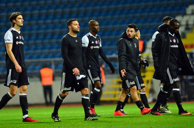 Beşiktaş Kulübü, Kasımpaşa mağlubiyeti sonrasında transfer çalışmalarında gaza bastı