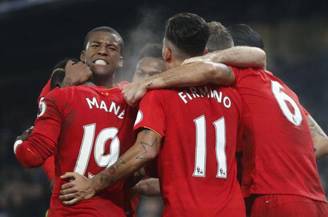 Galatasaray'ın yıldızları Manchester United'ı geçti