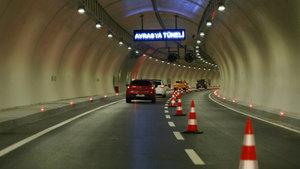 Avrasya Tüneli'nde özçekim için duran vatandaşlara anonslu uyarı