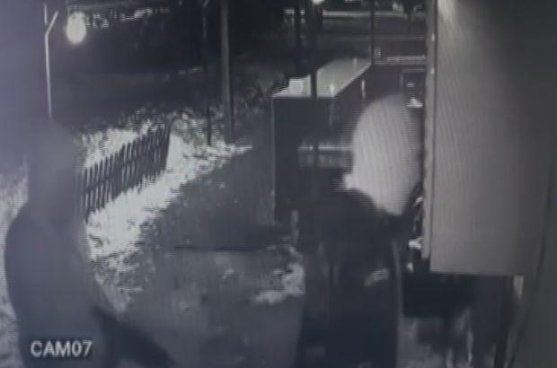 Maskeli saldırganlar otomatik silah kullanmış