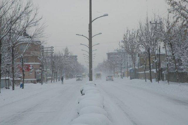 26 Aralık hava durumu! Meteoroloji'den yoğun kar yağışı uyarısı! Kar yeniden geliyor!