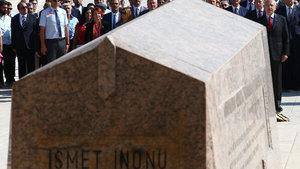 2. Cumhurbaşkanı İsmet İnönü mezarı başında anıldı