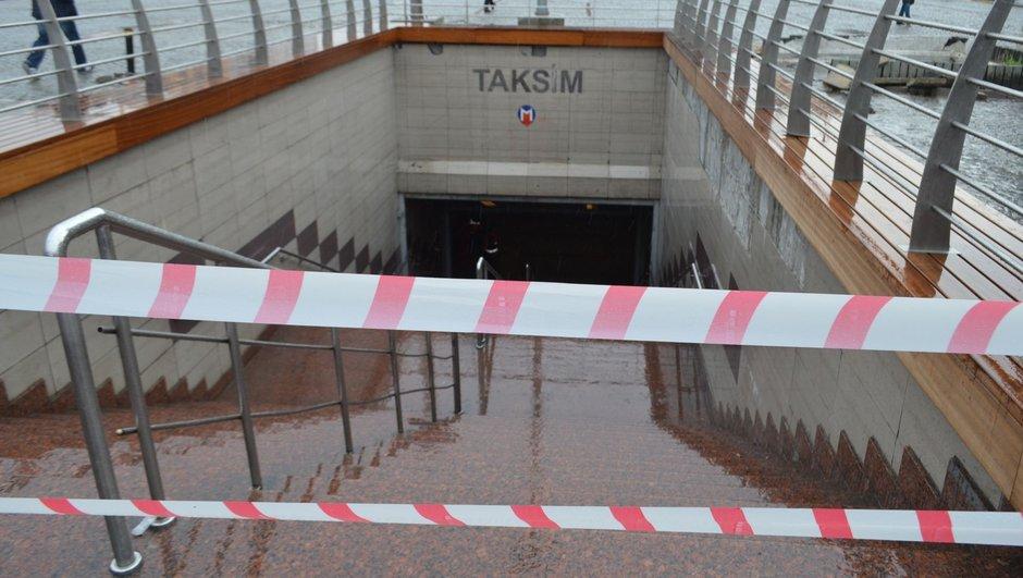 Metro İstanbul Metro seferi