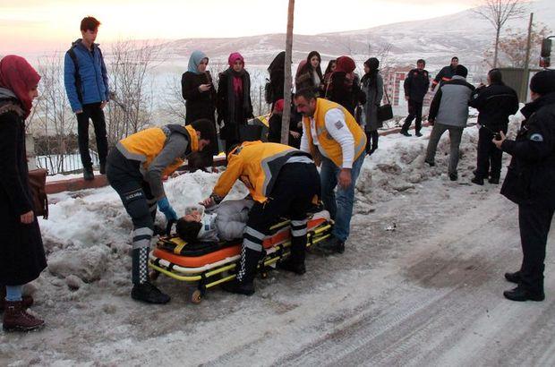 Elazığ'da otobüs devrildi: 11 yaralı