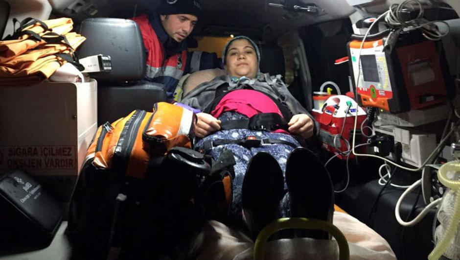 Uşak kar yağışı hamile kadın