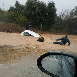 Mersin'de sel felaketi! Ölü sayısı 2'ye yükseldi