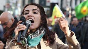 HDP'li Tuğba Hezer Öztürk hakkında yakalama kararı