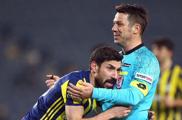 Fenerbahçe, Merkez Hakem Kurulu'nu topa tuttu!