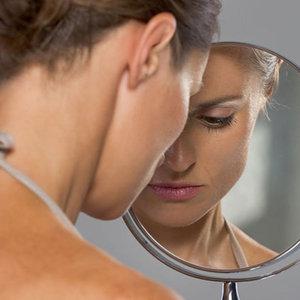 Annenize bakıp cildinizin yaşlanma durumunu kısmen görebilirsiniz!