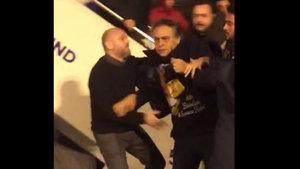 Barbaros Şansal'a havalimanında saldırı