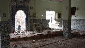 Teröristlerin cami ve okullara verdiği zarar görüntülendi