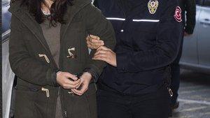 Kahvehane konuşmasına tutuklama